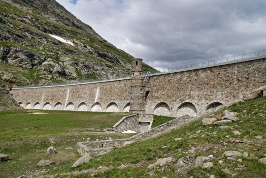 Barrage de Lago Bianco Süd