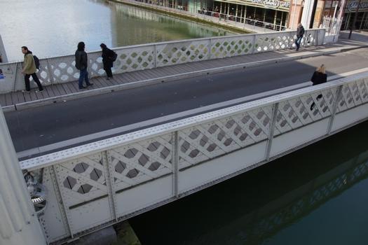 Pont-levant de la rue de Crimée, Rue de Crimée Lift Bridge