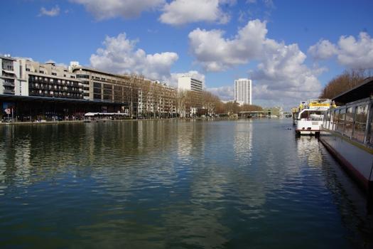 Wasserbecken La Villette