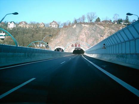 Weißeritztalbrücke, Tunnelportal Dölzschen, Fahrtrichtung Nord