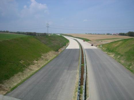 Landschaftsbrücke Meuschaer Höhe, Autobahn Richtung Nordwesten