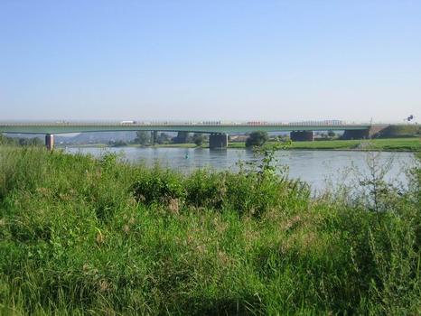 Dresden motorway bridge
