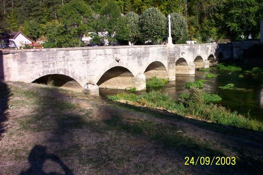 Pont de l'ancienne laiterie, Condes