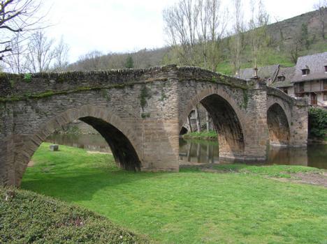 Aveyronbrücke Belcastel