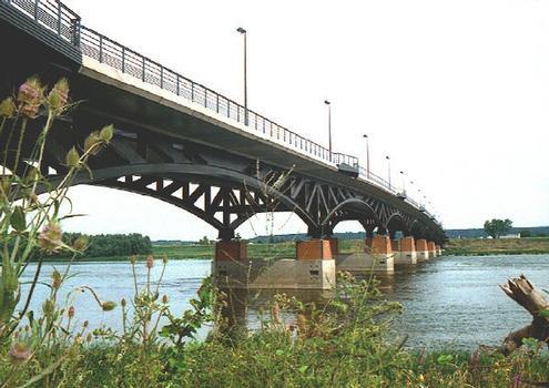 François Mitterrand Bridge, Blois