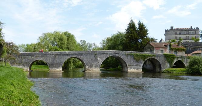 Alte Dronnebrücke Bourdeilles