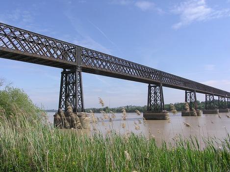 Cubzac Railroad Bridge