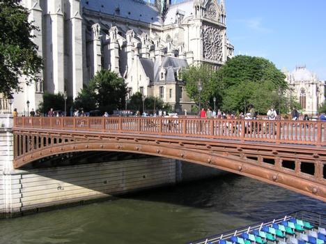 Pont au DoublePont piétonnierParisSeine