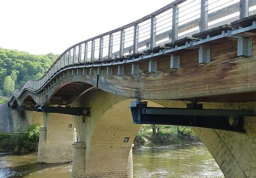 Widening of the Eyzies-de-Tayac-Sireuil Bridge