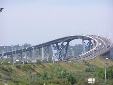 Pont sur le Grand Canal (pont-route), Le Havre , Seine Maritime