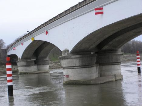 Donzère-Mondragon Canal Bridge