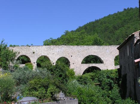 Aqueduc de Volonne