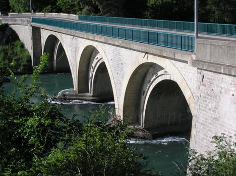 Pont routier du BuechSisteronAlpes de Haute Provence