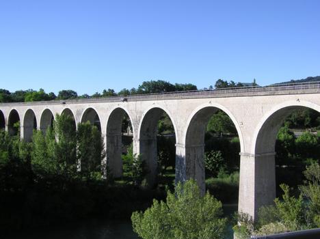 Viaduc ferroviaire du BuechSisteronAlpes de Haute Provence