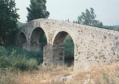 Alte Brücke in Rieux-en-Val