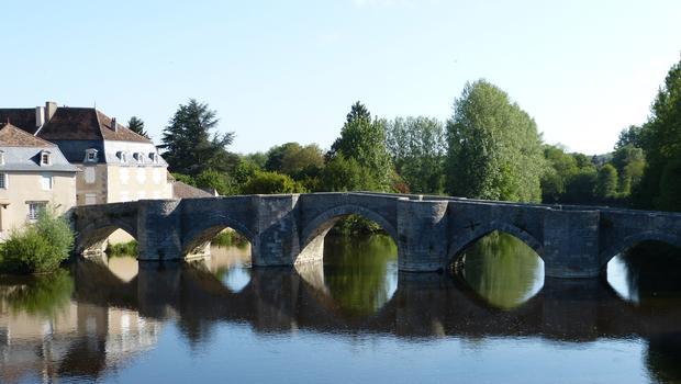Pont vieux, Saint-Savin, Vienne