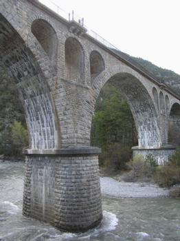 Railroad bridge at Thorame-Haute