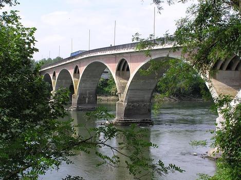 Garonnebrücke Tonneins