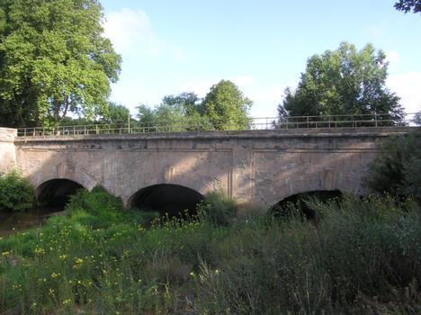 Kanalbrücke bei Trèbes