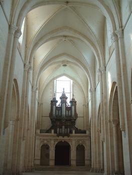 Abbaye de Pontigny - Nef vue vers l'orgue