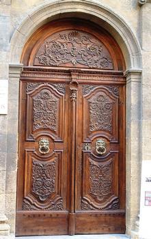 Aix-en-Provence - Hôtel d'Estienne de Saint-Jean, musée du Vieil Aix - Porte d'entrée