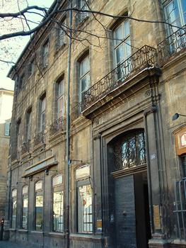 Aix-en-Provence - Hôtel d'Entrecasteaux - 10 cours Mirabeau