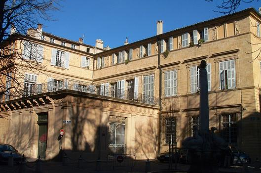 Aix-en-Provence - Hôtel de Boisgelin - 11 rue du Quatre-Septembre - Vu de la place des Quatre-Dauphins
