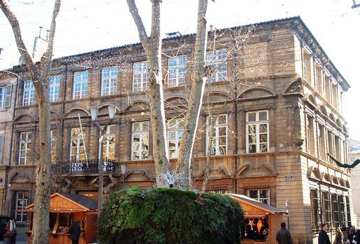 Aix-en-Provence - Hôtel Maurel de Pontevès actuel Tribunal de Commerce - 38 cours Mirabeau