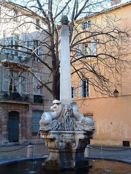 Place des Quatre-Dauphins, Quartier Mazarin, Aix-en-Provence
