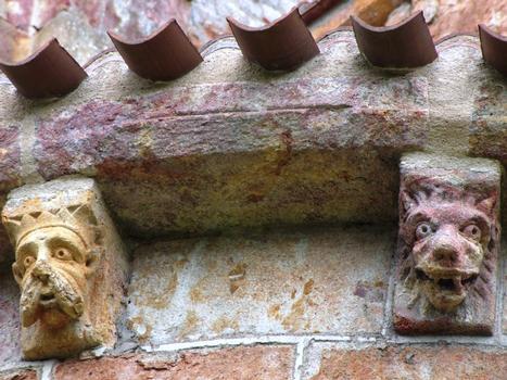 Eglise prieurale Saint-Désiré - Chevet - Modillons