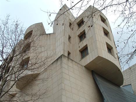 American Center, Paris.