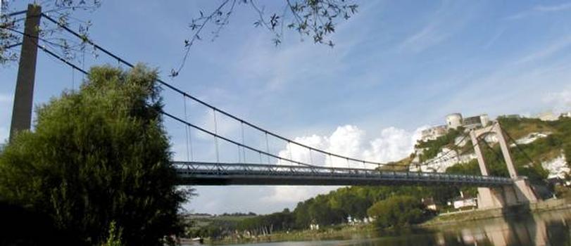 Pont suspendu sur la Seine et Chateau-Gaillard, Les Andelys