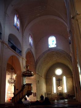 Cathédrale d'Antibes. Nef - Tribune