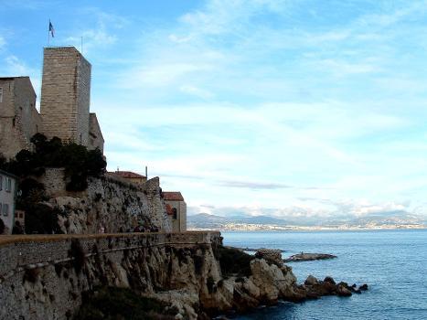 Fortification, château Grimaldi et cathédrale, Antibes