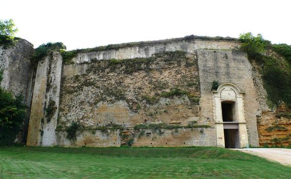 Château-fort de Sedan - Remparts et porte des Princes