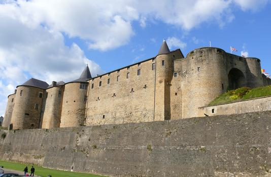Château-fort de Sedan - Façade côté Promenoir des Prêtres