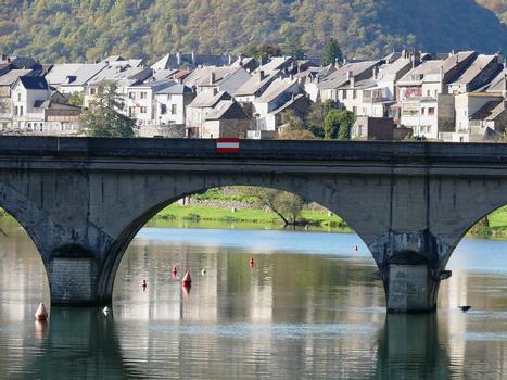 Eisenbahnbrücke Revin