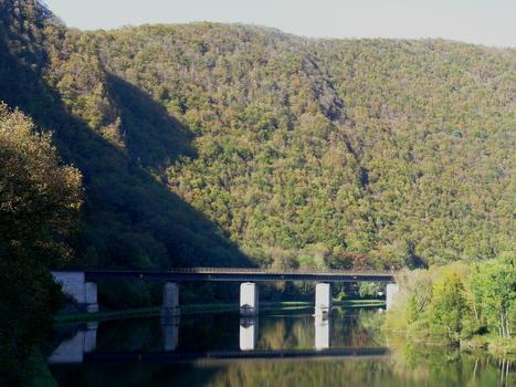 Eisenbahnbrücke Laifour