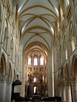 Mouzon - Abbaye Notre-Dame - Abbatiale - Vaisseau central