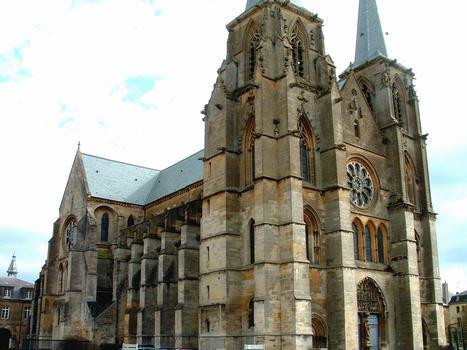 Mouzon - Abbaye Notre-Dame - Abbatiale - Ensemble