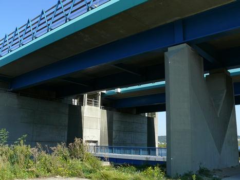 Autoroute A29 - Pont sur le canal de Tancarville - Accès au massif d'appui au pont-levant et piles du viaduc d'accès rive gauche