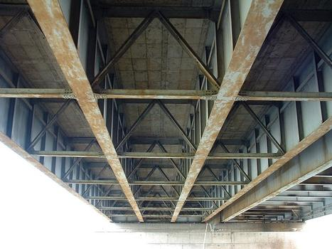 Autoroute A31 - newer Richemont Bridge