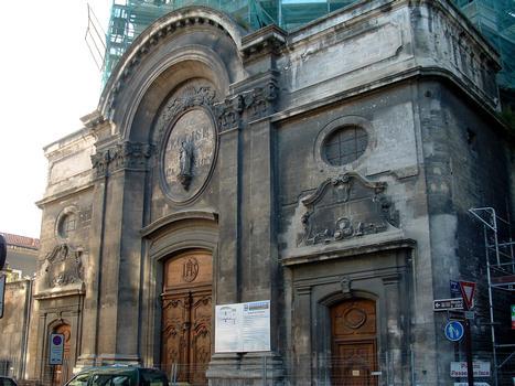Avignon - Chapelles de l'Oratoire, 32 rue Joseph-Vernet - Façade en cours de restauration