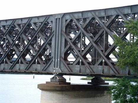 Avignon - Viaduc d'Avignon - Travée au droit d'une pile