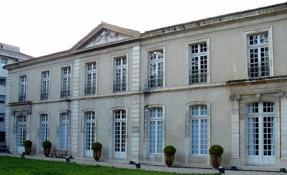Avignon - Hôtel de Galéans-Gadagne - Façade sur jardin