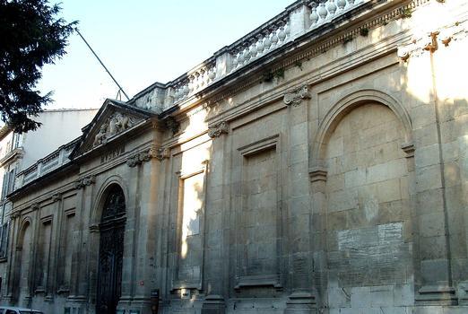 Avignon - Musée Calvet - Mur de clôture sur rue