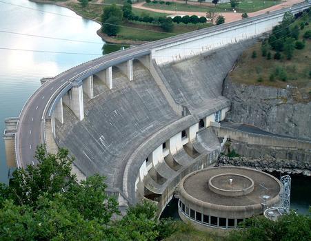 Villerest Dam