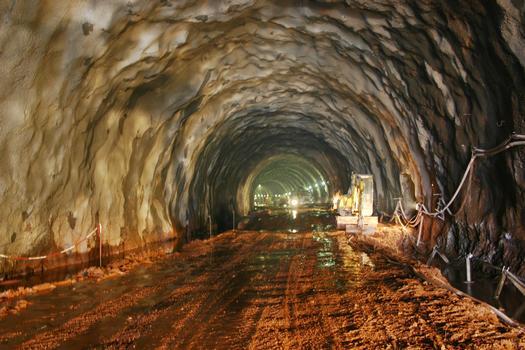 Tunnel de Schirmeck - L'intérieur avant réalisation de la voûte