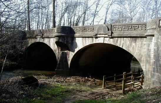 Pont sur le ru de Baulches (RN 6), Auxerre. 1781 - 1783 - 1786