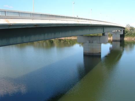 Pont de Beaucaire - Ensemble vu de l'aval côté Beaucaire